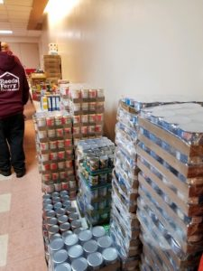 Reeds Ferry® Food Drive